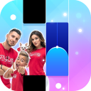 The Royalty Family Piano Tiles Game