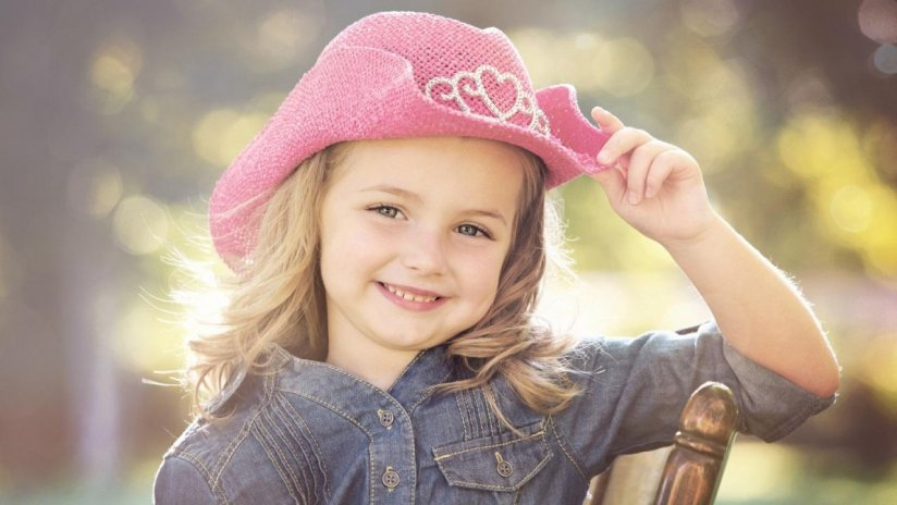 Cute baby girl hd wallpapers 10 download apk for android aptoide cute baby girl hd wallpapers screenshot 2 voltagebd Choice Image